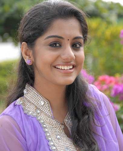malayalam movie actress meera nandan stills2
