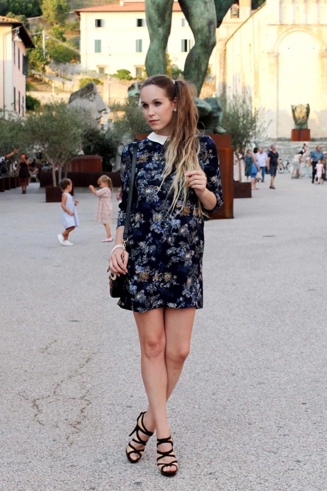 pregnant fashion blogger maternity fashion
