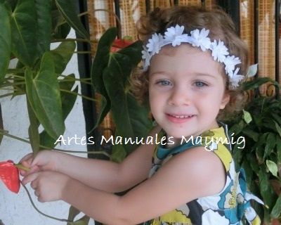 nuestras pequeas princesas jvenes y mujeres flores en tela de algodn que elaboramos con la big shot nos inspiro para crear esta hermosa diadema
