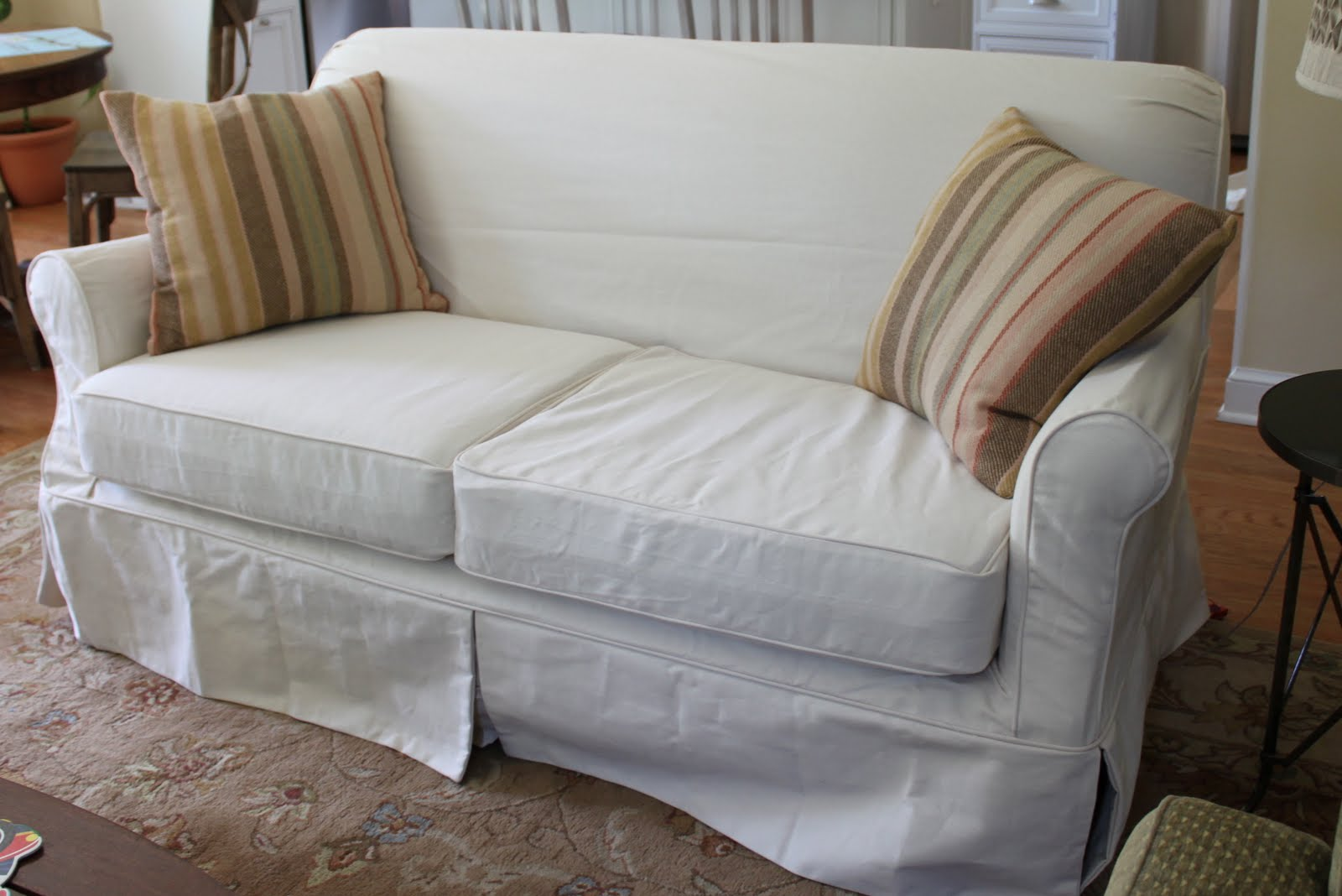 HOUSEography: {Yet another} Couch Update