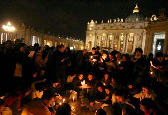 Pietre vive quel popolo sotto la finestra di wojtyla - Finestra del papa ...