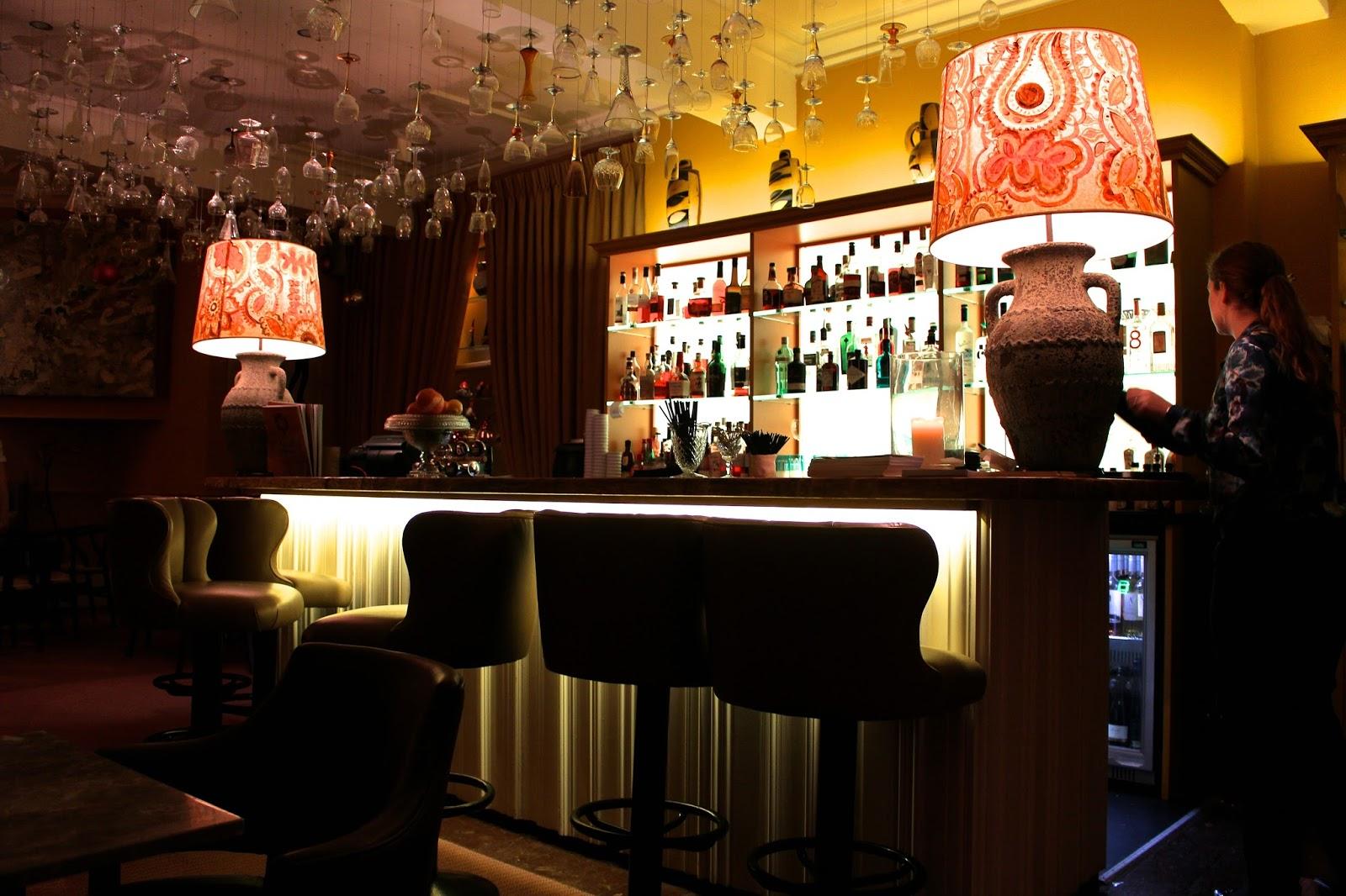 abbey hotel art bar 2015