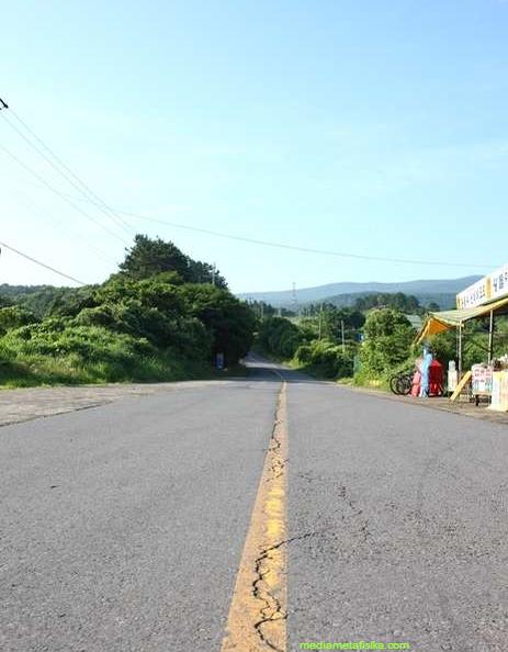 Dokkaebi , Jalan 'Berhantu' di Korea, Mobil Bisa Jalan Sendiri !