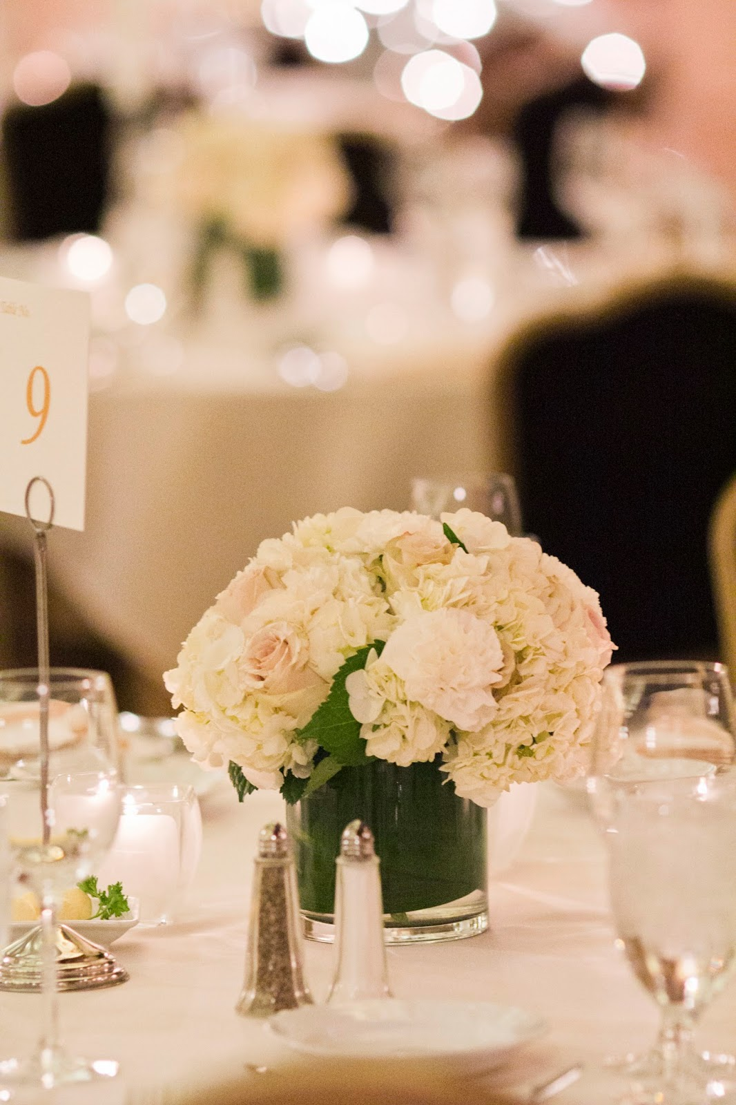White carnation centerpieces imgkid the image