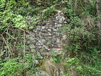 Part posterior de la barraca de vinya de la Baga de la Moretona