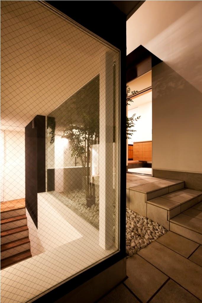 Rumah Minimalis 3 Lantai 20