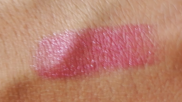 flormar deluxe cashmere stylo lipstick review