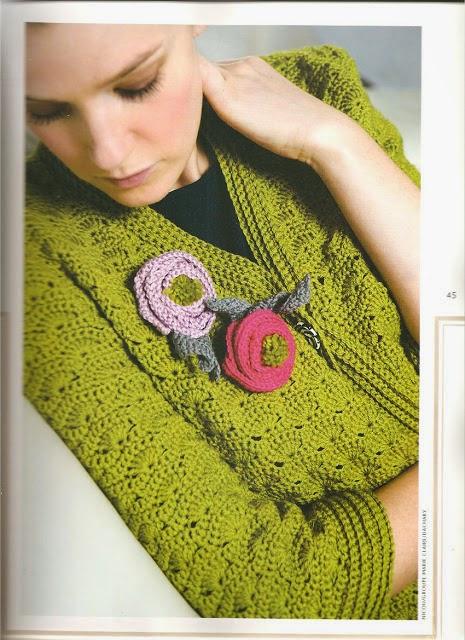 Cardigan de dama mangas medias al crochet