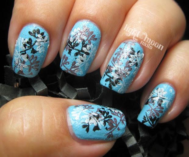 light of moon nails finger