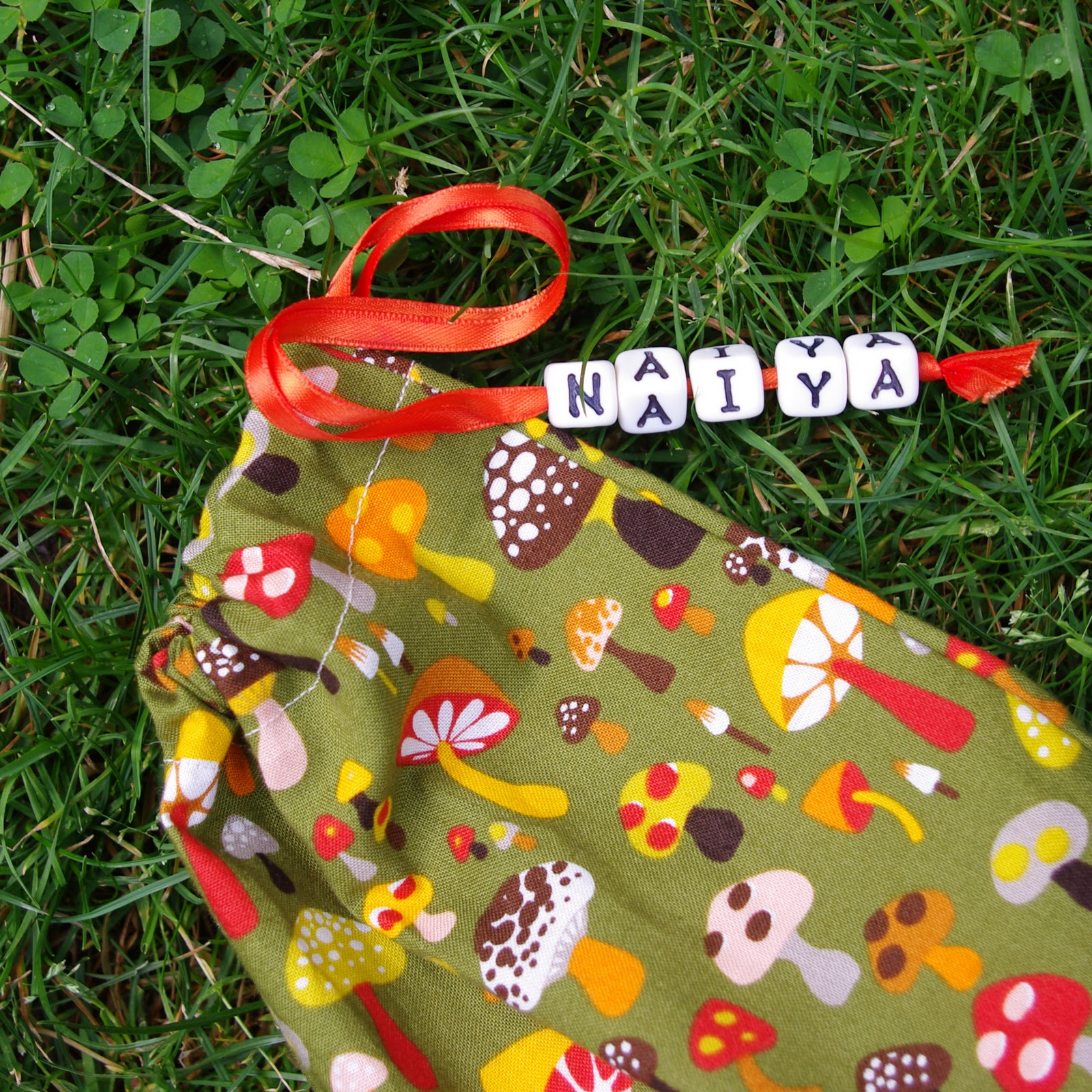 Name tag craft ideas - I Got The Beads At The Craft Store And This Was A Handy Feature That Proved Useful In Helping Avoid Conflict Over Which Bag Belonged To Each Child After