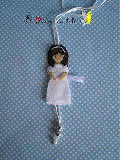 collar-muñeca-comunión-fieltro-regalo