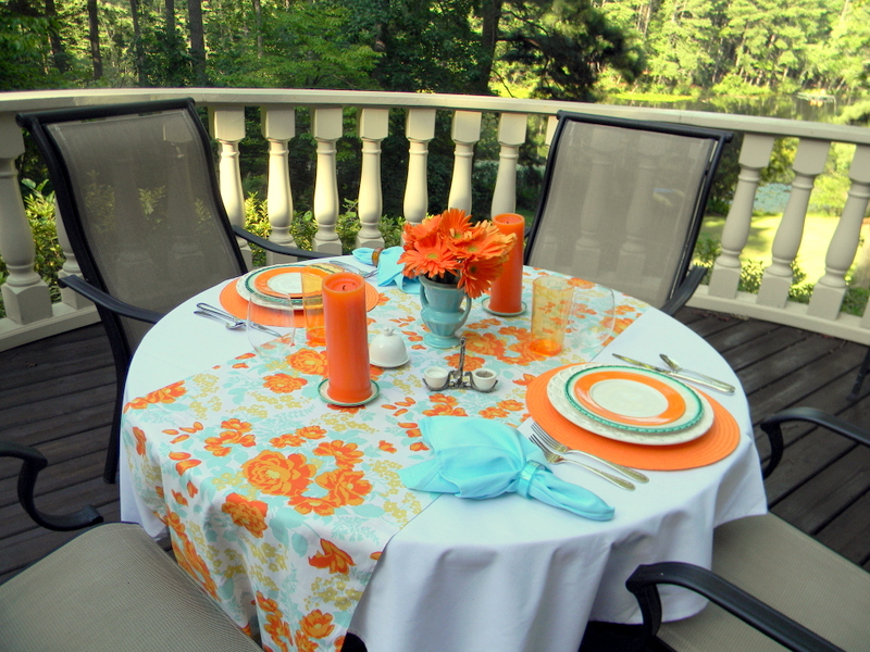 Turquoise and Orange Table & A Toile Tale: Turquoise and Orange Table