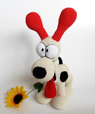 amigurumi-crochet-stuffed-soft-toy-dog-odie-funny-animal-sunflower
