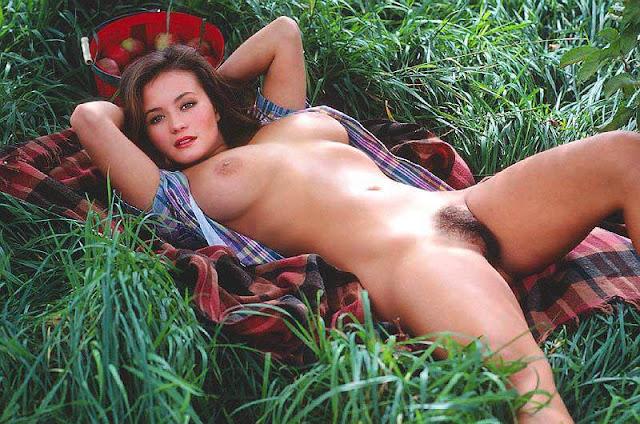 Playboy Playmate Alana Soares Black Hairy Pussy