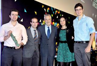 Entrega del Premio Arco Iris