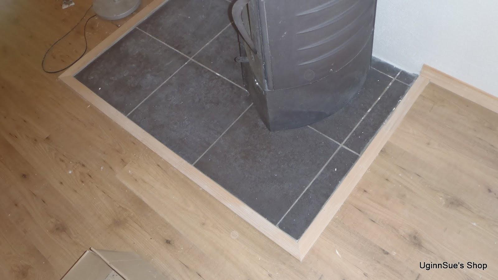 Laminate flooring will laminate flooring hold up kitchen for Kitchen laminate flooring