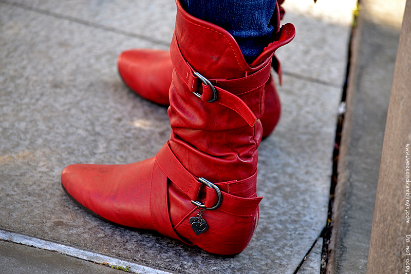fashion trends winters womens shoes boots red colour color blocking