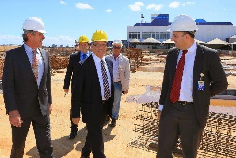 Ministro Eliseu Padilha supervisiona as obras do Aeroporto Salgado Filho