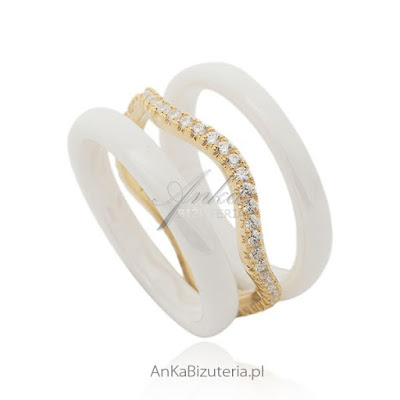 pierścionek z białej ceramiki okazja cenowa najmodniejsza biżuteria 2015 netstylistka