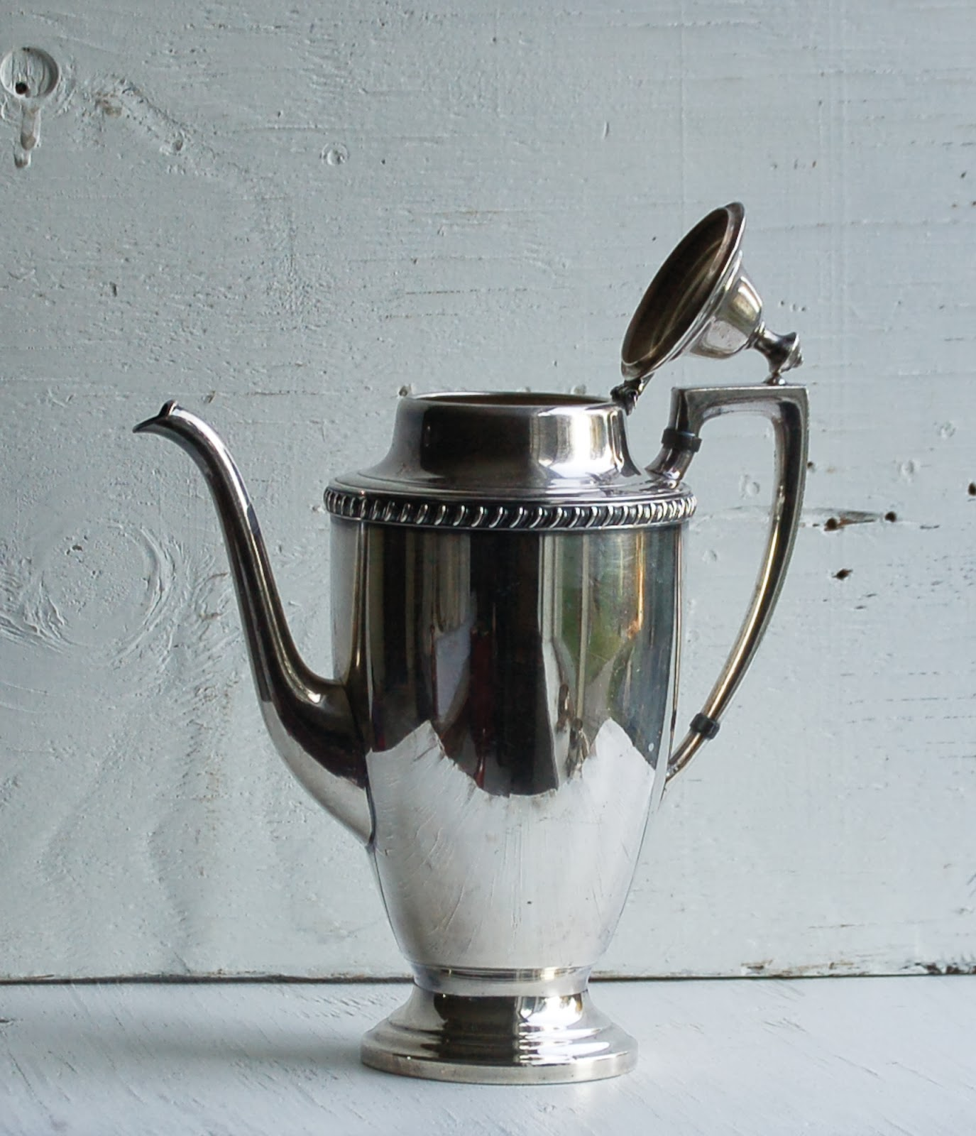 https://www.etsy.com/listing/174609833/vintage-silver-plated-tea-set-teapot?ref=shop_home_active_1&ga_search_query=tea