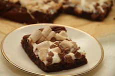 Brownie med marshmallows og sjokolade