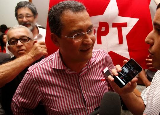 Rui Costa é citado em desvio de R$ 50 milhões de programa habitacional para o PT da Bahia.
