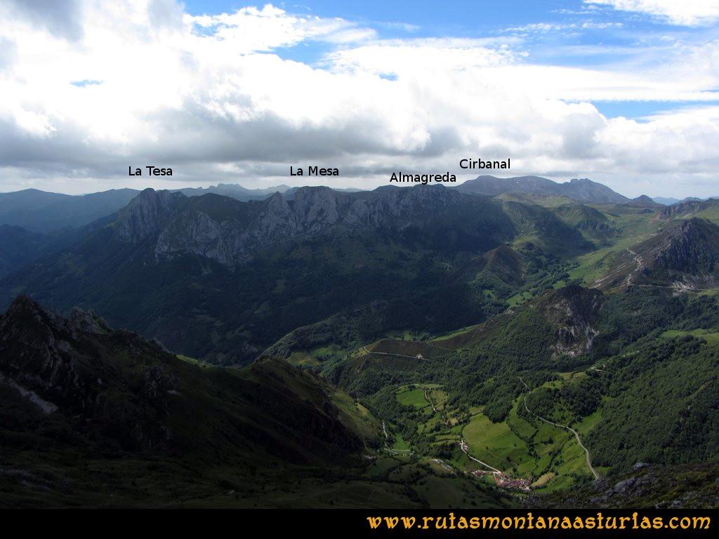 Ruta Tuiza Siegalavá: Vista de la Mesa, La Tesa y la Almagreda desde Siegalavá