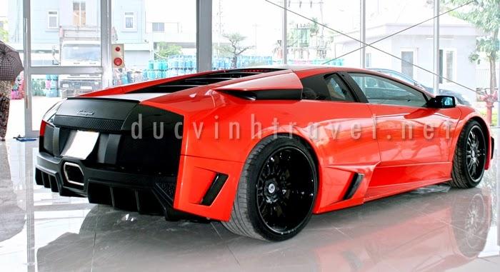 Cho thuê siêu xe Lamborghini Muciélago màu đỏ 1