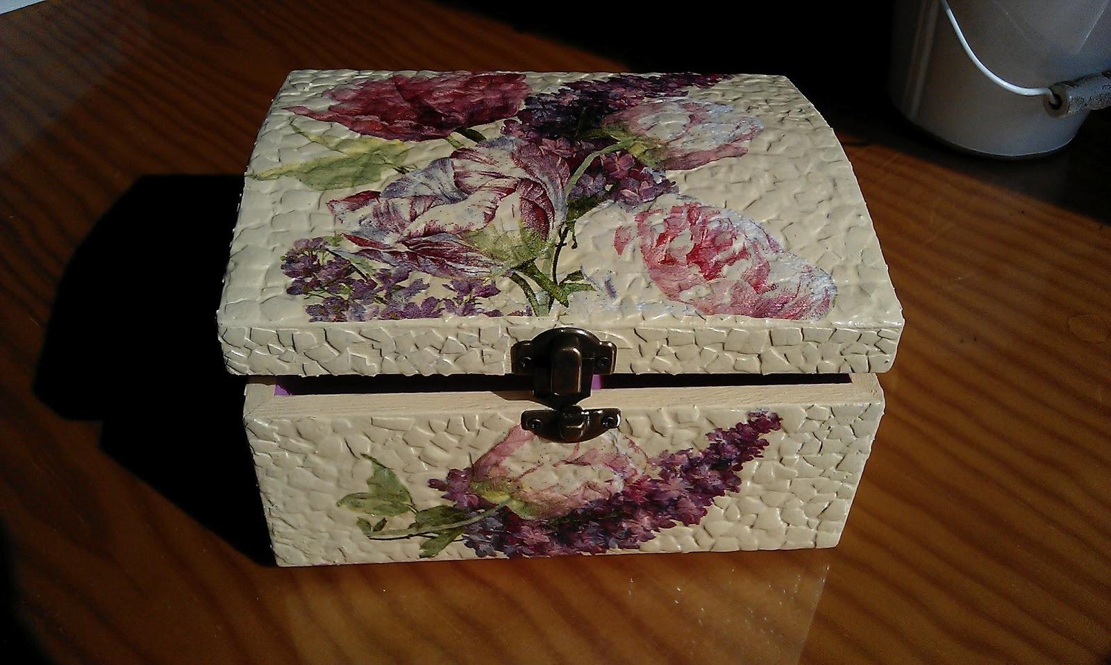 Mi mundo multicolor caja con cascara de huevo - Caja de huevo ...