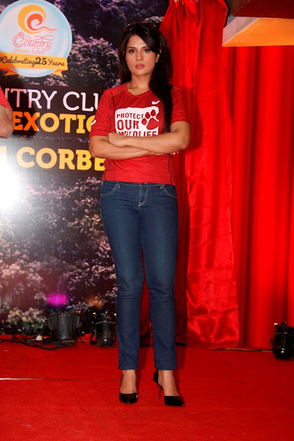 Richa Chadda unveiled Country Club`s New Property on Mumbai
