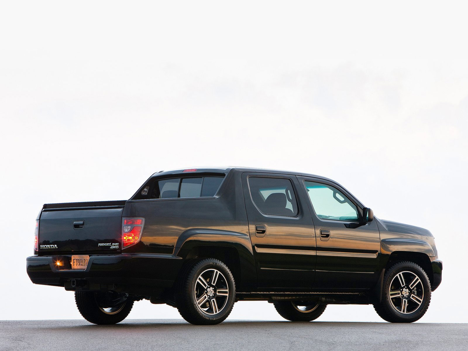 2012 Honda Ridgeline Sport Japanese Car Wallpapers