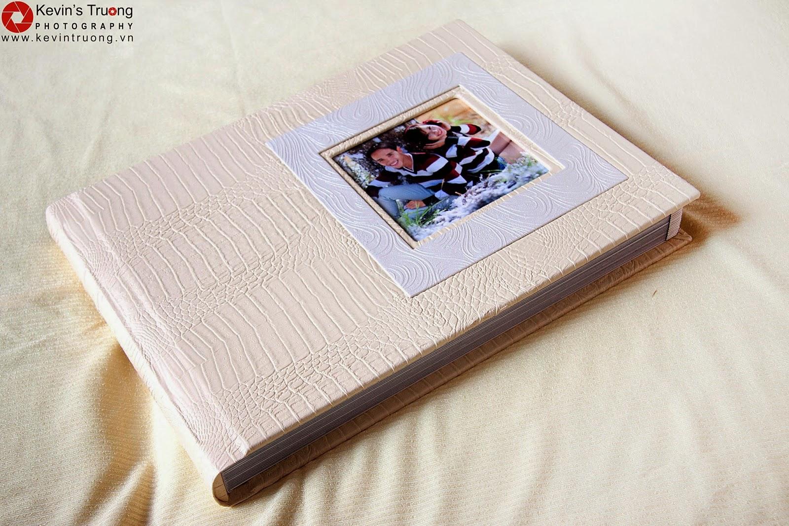 Gia Công-In Album Cát Kim Tuyến-Album 3D,Photobook,Ép gỗ các loại - 3