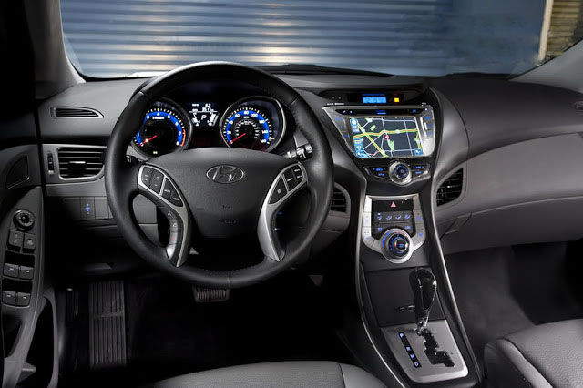 car in Hyundai Elantra 2014