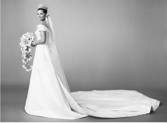 royals fashion photographies in dites du mariage de victoria et daniel. Black Bedroom Furniture Sets. Home Design Ideas