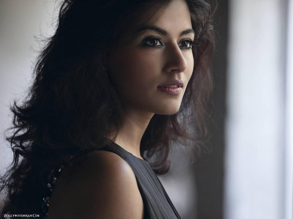 Hot Actress Pics Chitrangada Singh