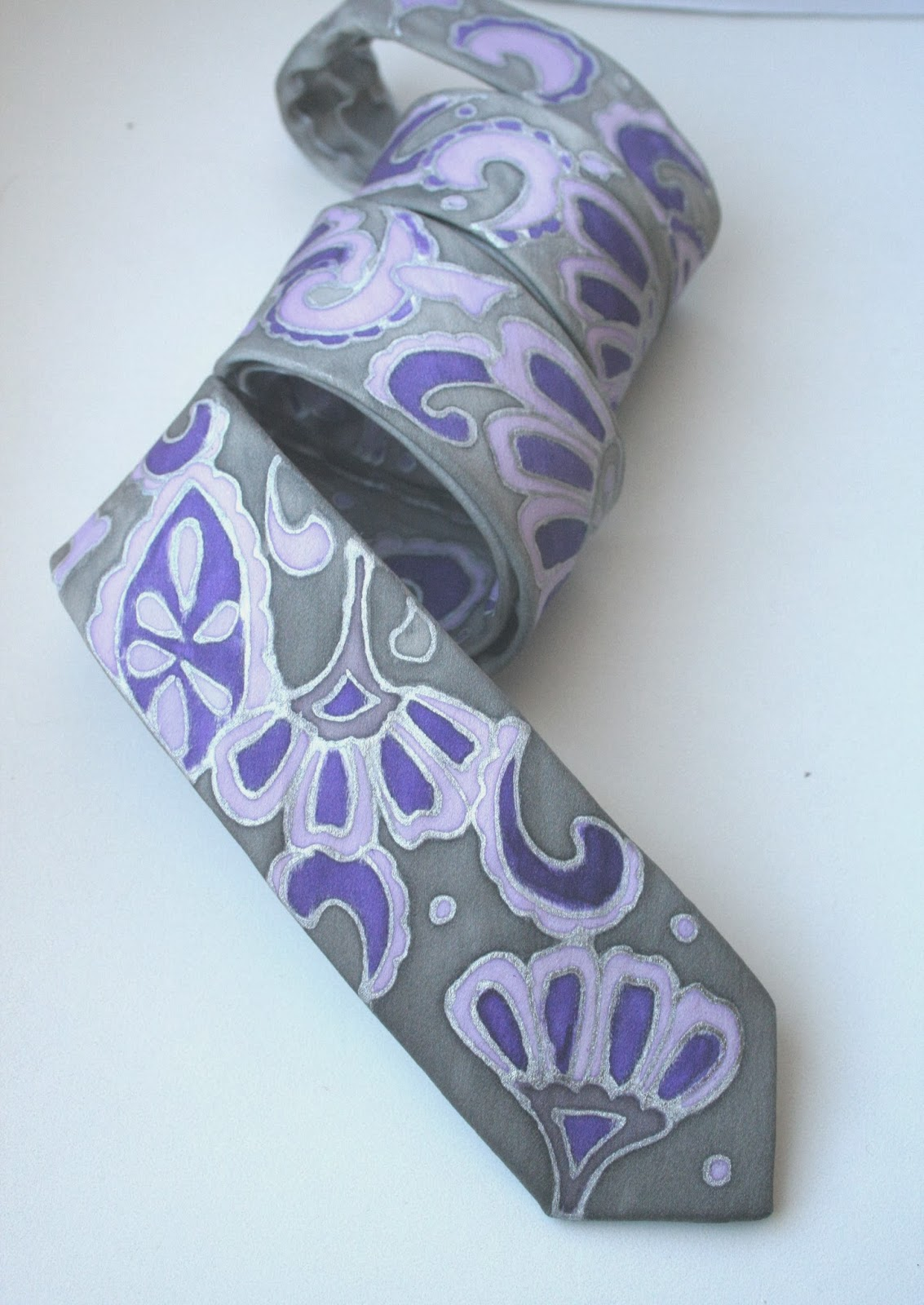 https://www.etsy.com/listing/176922897/wedding-skinny-tie-lavender-silver?ref=shop_home_active_1