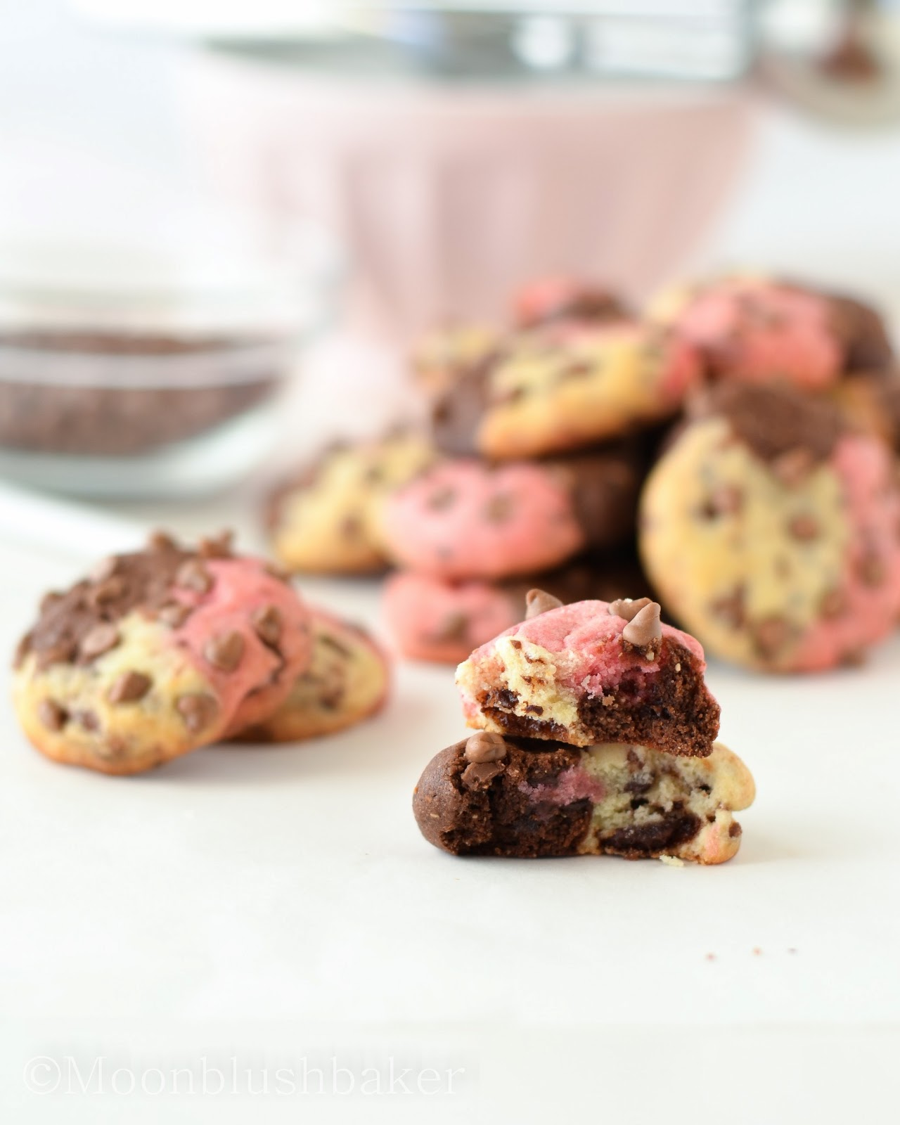 process essay making cookies I made it my goal to test each and every element from ingredients to cooking process the science of the best chocolate chip cookies stop making cookies.