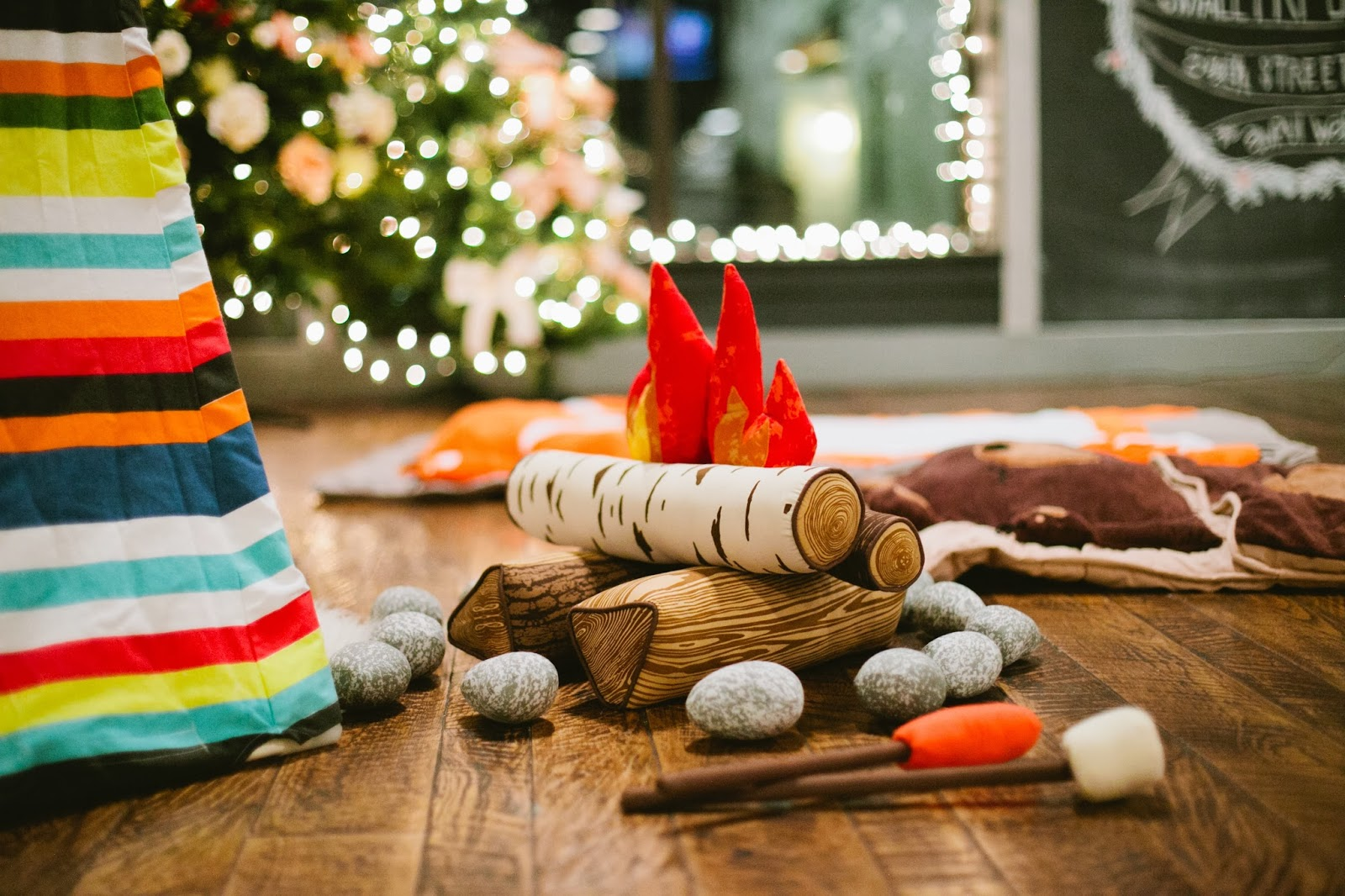 Land Of Nod Holiday Party Amp A Discount Code House Of