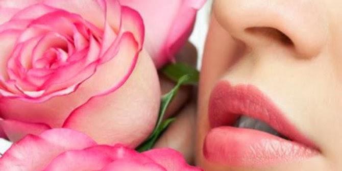 kebiasaan-kebiasaan yang bisa membuat bibir kering dan tidak sehat