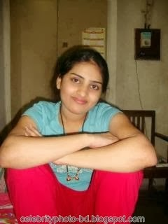 Deshi+girl+real+indianVillage+And+college+girl+Photos014