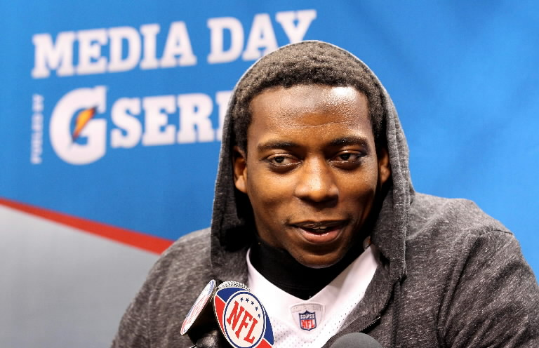 mendenhall muslim Rashard jamal mendenhall (born june 19, 1987) is a former american football  running back and current television writer who played in the national football.