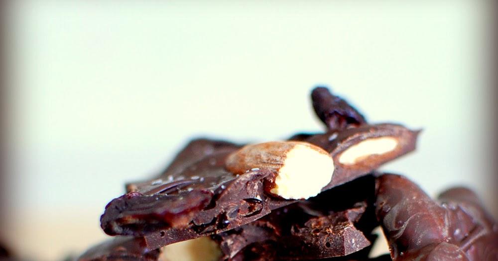 Food, Fun & Life: Cherry Almond Chocolate Bark