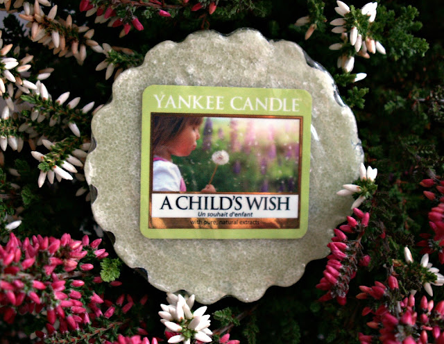 http://agacys.blogspot.com/2015/11/a-childs-wish-yankee-candle-wspomnienia.html
