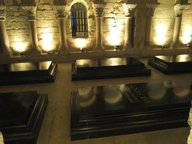 Eye for design marie antoinette life at the court of versailles - Marie antoinette grave ...