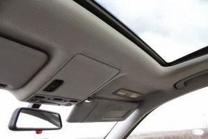 comment changer un pare soleil sur une voiture fiche technique auto. Black Bedroom Furniture Sets. Home Design Ideas