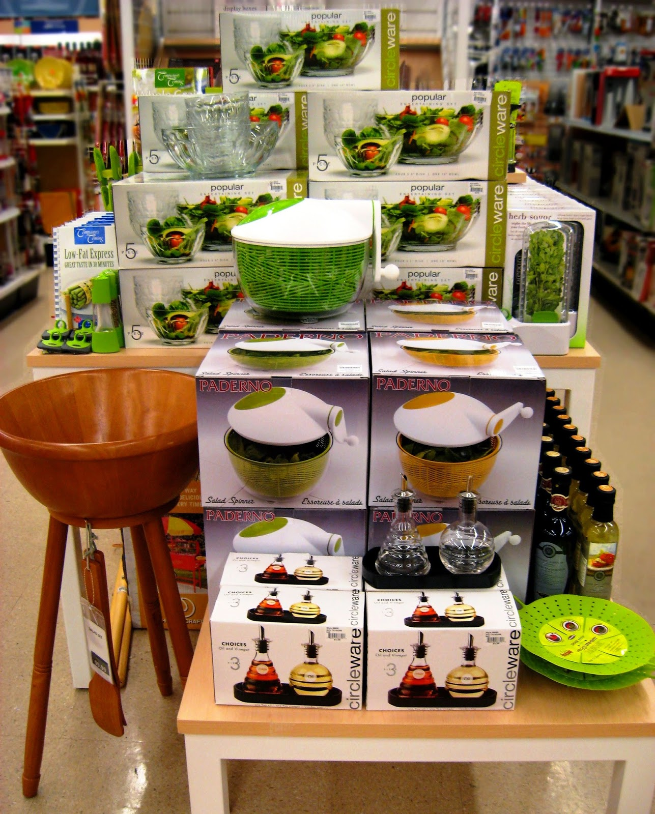 Visual merchandising for kitchen department