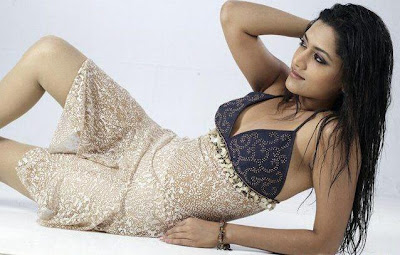 mamta mohandas photo gallery