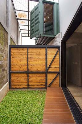 4 Conteiner House