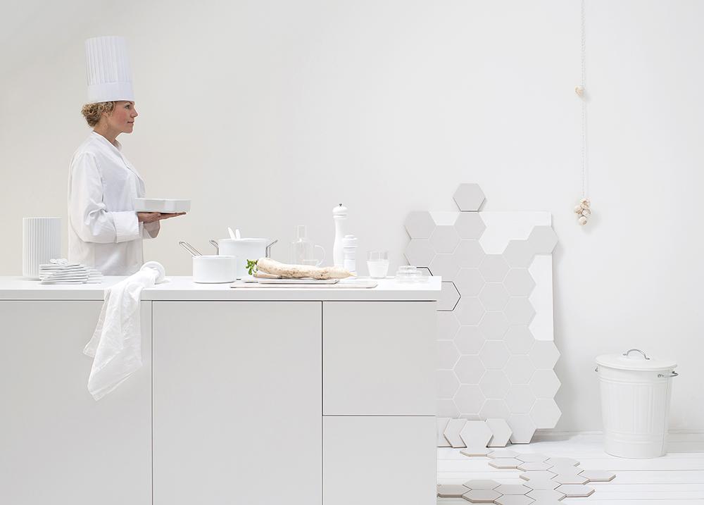 A warm white kitchen by Daniella Witte