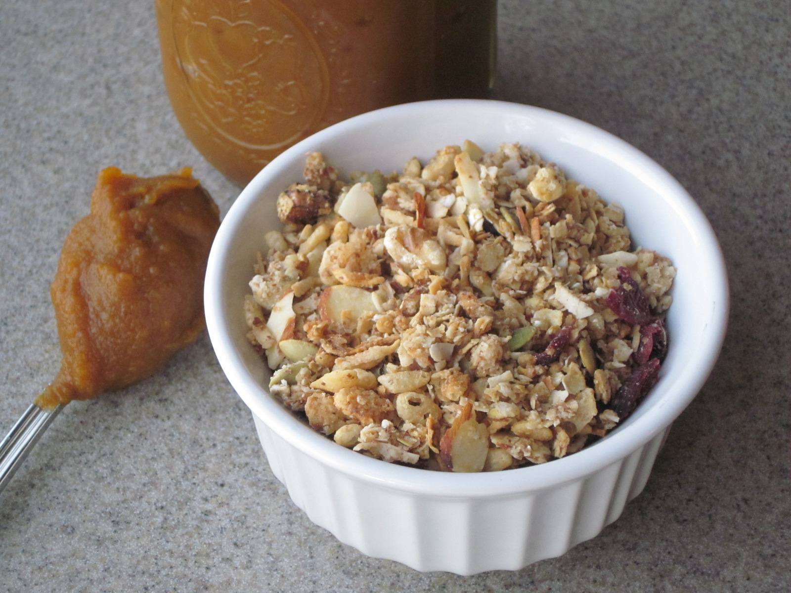 Sweet Luvin' In The Kitchen: Pepita Granola and Pumpkin Butter